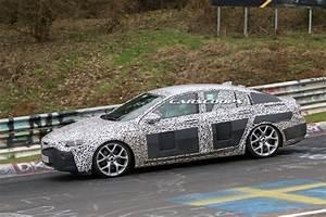 Opel Insignia 2017 : first look at 2017 opel insignia 2018 buick regal s interior carscoops ~ Medecine-chirurgie-esthetiques.com Avis de Voitures