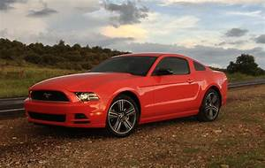 File:2013 Mustang V6 Performance Package blueck.jpg - Wikipedia