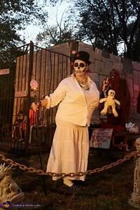 Voodoo Priestess Costume - Photo 5/5