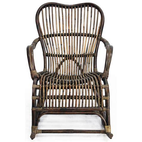 schommelstoel tuin rotan schommelstoel rotan tuinstoelen tuinmeubelen tuin