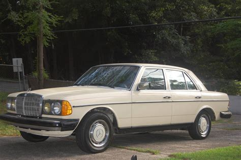 Buy from ikman.lk's largest collection of mercedes benz cars listed by the trusted dealers and sellers. 1981 Mercedes-Benz 300D for sale #2413075 - Hemmings Motor News