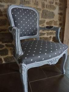 Tissu Pour Recouvrir Canapé : 17 meilleures id es propos de fauteuils sur pinterest ~ Premium-room.com Idées de Décoration