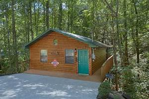 honeymoon cabin in pigeon forge grin n bear it With pigeon forge honeymoon cabins
