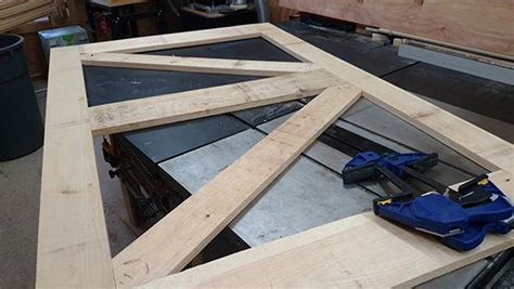 How To Frame A Barn Door by How To Build Sliding Barn Door Home Construction Improvement