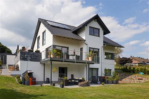 Häuser by Modell Babelsberg Exklusives Einfamilienhaus In Hanglage