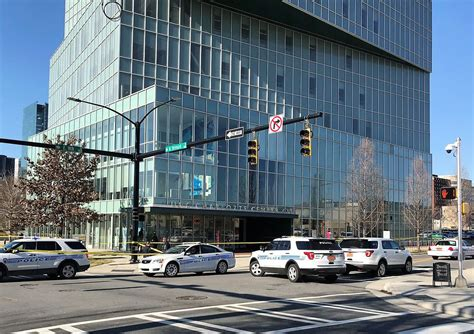 uncc uptown campus  targeted  nearby shooting