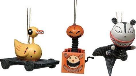 scary presents figure ornament set   christmas