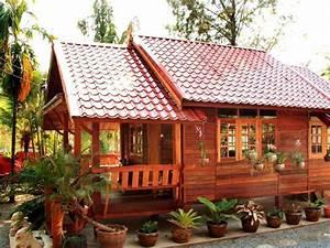 Modern Minimalist Wooden House Design