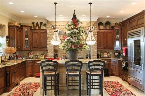decorating ideas for the kitchen tips decorating above kitchen cabinets my kitchen interior mykitcheninterior