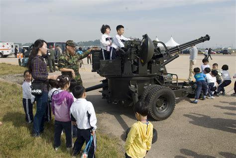 KUNSAN AIR BASE, Republic of Korea (Oct. 1, 2010) - Staff ...