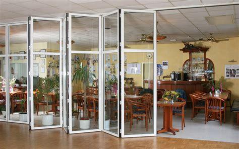 Glas Raumteiler  Trennwand Schiebetueren