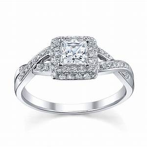 Silver princess cut wedding rings for women popular halo for Halo engagement rings with wedding bands