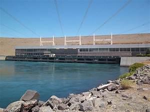 Archivo:Edificio de la central eléctrica en la represa El Chocón jpg Wikipedia, la