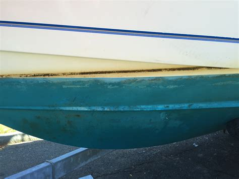 Boat Bottom Paint How Many Coats by Awesome Cheap Bottom Paint The Hull Boating And
