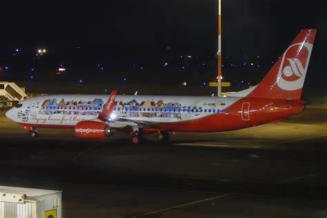 file air berlin christmas livery d abml boeing 737 86j