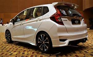 Honda Jazz Hybride 2017 : honda malaysia brings back the jazz hybrid with updated range motor trader car news ~ Gottalentnigeria.com Avis de Voitures