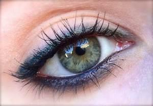 Maquillage yeux verts pour un regard penetrant for Les couleurs qui se marient 2 maquillage yeux verts pour un regard penetrant