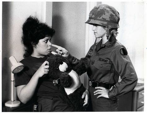 Private Benjamin: Wendie Jo Sperber & Lorna Patterson - Sitcoms Online Photo Galleries