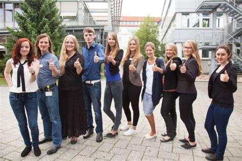 Ta Bildungszentrum Hameln by Neu In Unserem Team Die Azubis Am Ta Bildungszentrum 187 Ta