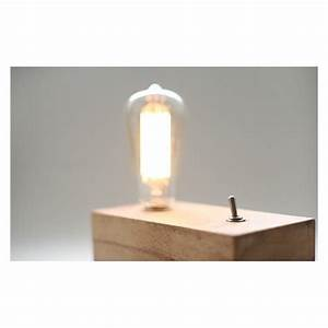Lampe Design Bois : lampe de table design retro en bois avec ampoule edison par blu dot design par livraison ~ Teatrodelosmanantiales.com Idées de Décoration