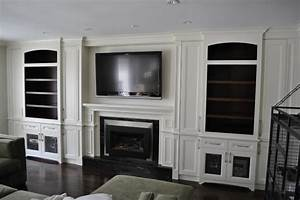 Fireplace tv wall unit traditional living room for Traditional wall unit with fireplace
