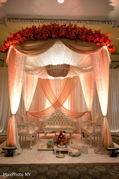 New York, Ny Indian Wedding By Maxphoto Ny  Maharani Weddings. Decorative Masonry Block. Butterfly Office Decor. Decorative Outdoor Electrical Box Covers. Furniture Dining Room Sets. Decorative Bathroom Fans With Lights. Home Decor Games. Baby Girl Shower Ideas Decorations. Texas A&m Decor