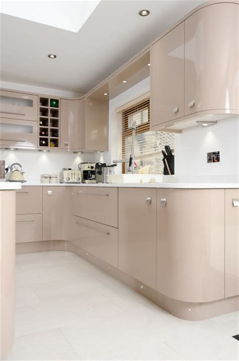 cappuccino coloured kitchen cabinets painted cappuccino gloss contemporary kitchen