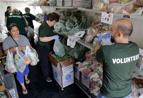 doctors prescribe fresh produce    food