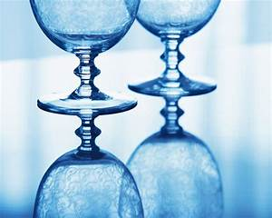 Elegant Wine Glass Blue Wallpapers - HD Wallpapers 35982