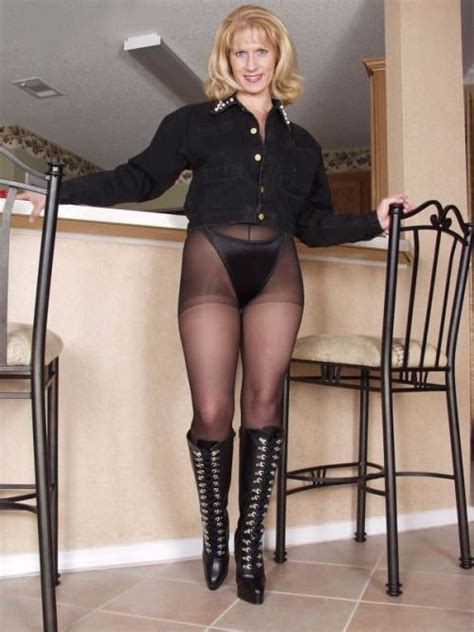 Nylon Mom Tube Classic Outfit And Ff Stockings Girdles