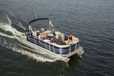 Best Affordable Pontoon Boats 2018 by Pontoon Boats Starcraft Marine
