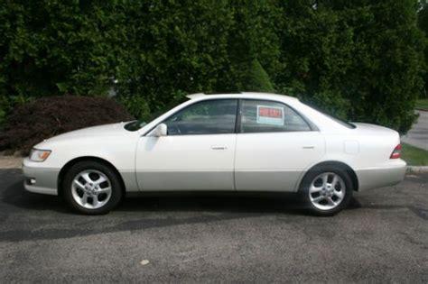 lexus sedan 2001 find used 2001 lexus es300 base sedan 4 door 3 0l in new