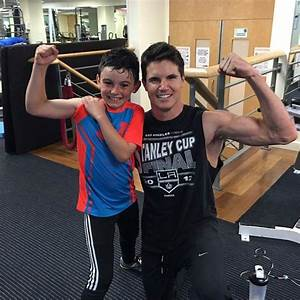 Stephen Amell's Cousin Robbie Amell's Diet & Workout ...