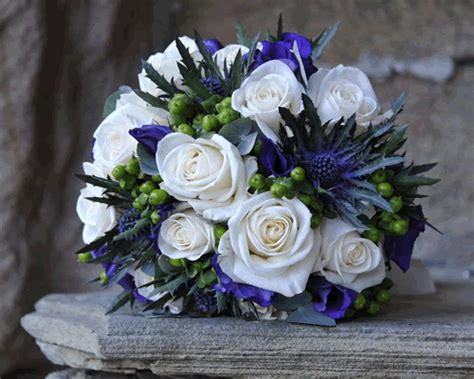 Wedding Flowers  Picture Galleries  Claasic Cream And