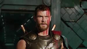Chris Hemsworth In Thor Ragnarok 2017 Wallpaper 16171 ...