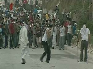 Witnesses: Security forces attack protesters and doctors ...