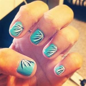easy nail art on Tumblr