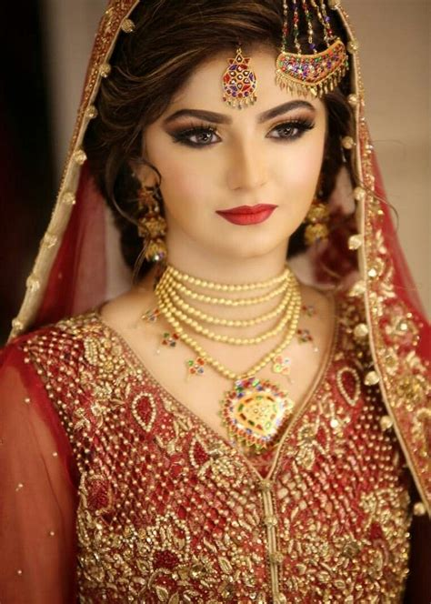 latest pakistani bridal makeup images wavy haircut