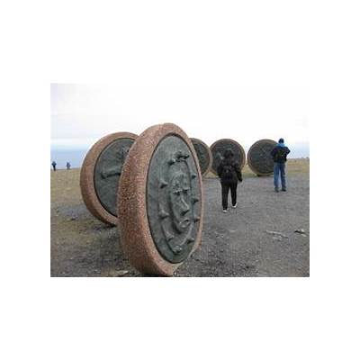 Children of the Earth monuments at NordKapp - Picture