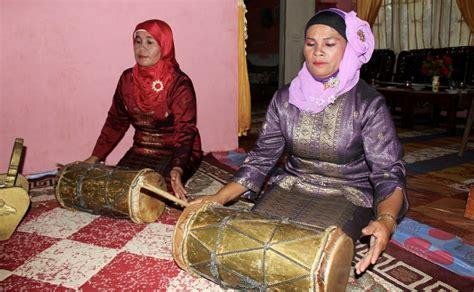 Alat musik ini adalah warian dari kerajaan melayu tua di kerinci. Jjuegodetruco: Alat Musik Talempong Yang Berasal Dari Sumatera Barat Biasanya Digunakan Untuk ...