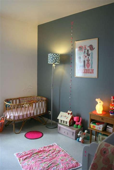mur chambre bébé murs gris dans une chambre d 39 enfant picslovin