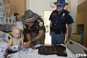 3-Year-Old With Cancer Becomes America's Youngest Sheriff ...