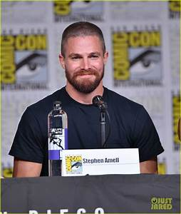 The 'Arrow' Cast Debuts Season 7 Trailer at Comic-Con ...