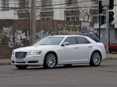 Chrysler Limited by Chrysler 300 2011