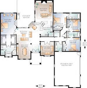 5 bedroom house plans 1 story sunbelt style house plans 2901 square foot home 1 story 4 bedroom and 3 bath 2 garage