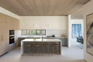 kitchen backsplash glass tile fenêtre bandeau pour déco de cuisine contemporaine