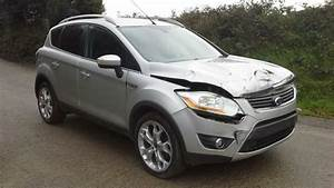 Ford Kuga 2010 : 2010 ford kuga 2 0tdci titanium damaged spares or repair salvage in truro cornwall gumtree ~ Melissatoandfro.com Idées de Décoration