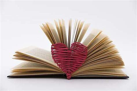 El Día del Libro y Día del Idioma Español: una tradición ...