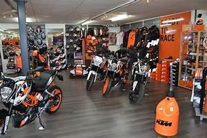 Magasin Equipement Moto : magasin accessoire moto auto moto ~ Medecine-chirurgie-esthetiques.com Avis de Voitures