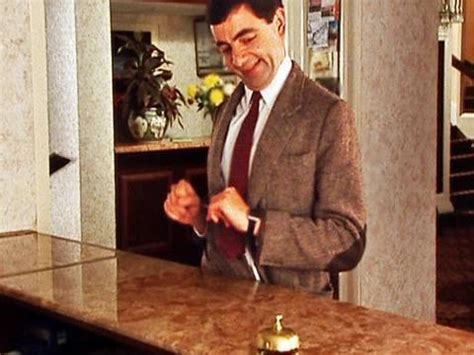 mr bean chambre 426 mr bean checking in